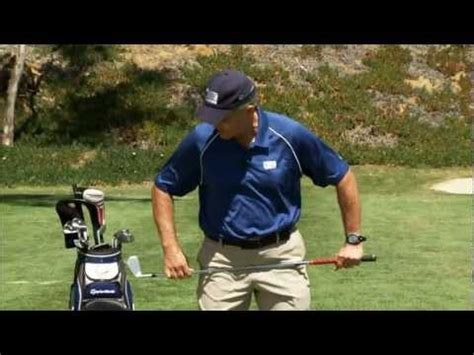 how to turn your hips in a golf swing the correct hip movement in the golf swing how to save