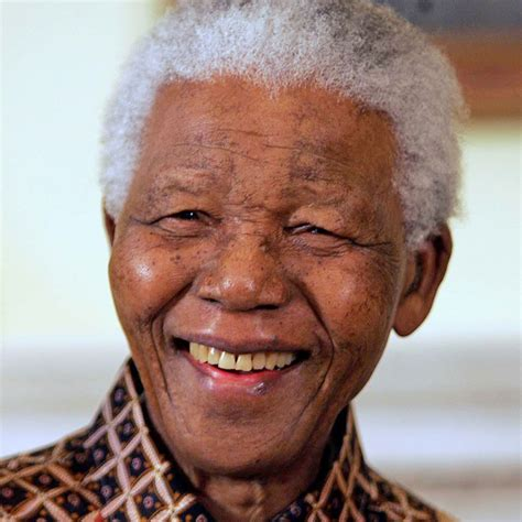 Mba Nelson Mandela by World Mourns The Loss Of A As Nelson Mandela Dies