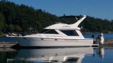 used bayliner boats for sale seattle 1995 used bayliner 3988 flybridge boat for sale 88 000