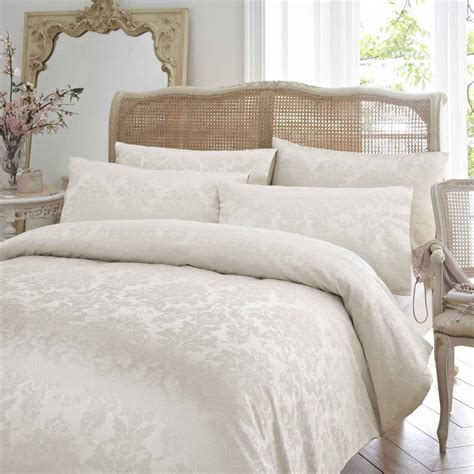 Measurements Of King Size Duvet Bedroom King Size Duvet Covers With White Blanket