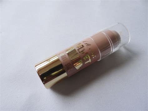 La Velvet Contour Stick la velvet contour stick review