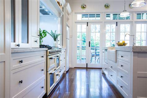 Hampton Kitchen Design by Makings of Fine Kitchens & Bathrooms