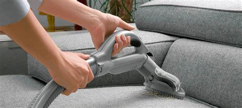 limpiar el sofa limpieza de sof 225 s c 243 mo quitar manchas y limpiar tu sof 225