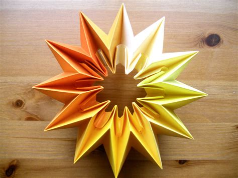 Fireworks Origami - 1000 images about origami on psychedelic