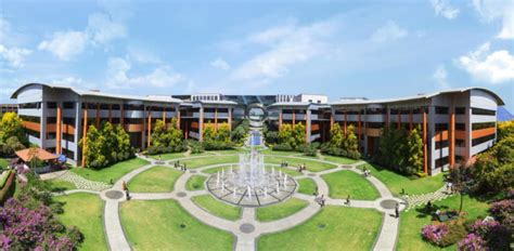 Infosys Onsite Opportunities For Mba In India by Facing Visa Issues Indian Outsourcers Strength In