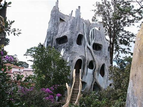 crazy houses dalat crazy house in vietnam 51 pics izismile com
