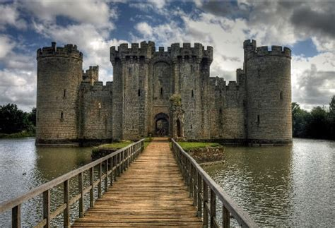 most beautiful english castles cracker jackiez 40 most beautiful castles around the world