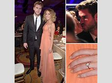 Miley Cyrus Engagement Ring from Liam Hemsworth - MiaDonna ... I M Walking Online Shop