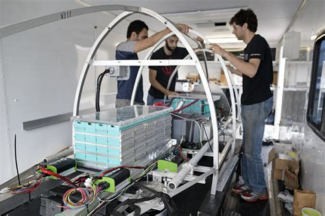 test engineer lsu engineers test high speed travel pod at spacex