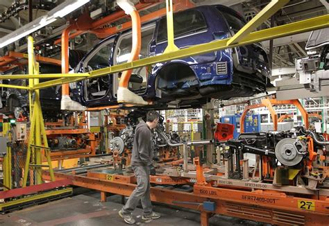 Chrysler Manufacturing Plants by A Tour Of Chrysler S Assembly Plant