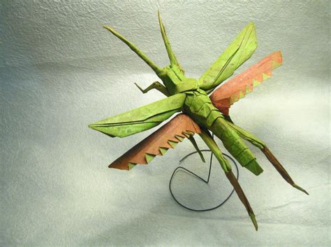 Origami Insects - flying grasshopper