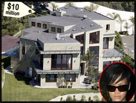 million dollar house pics rihanna buys a new house for 10 million crook from the brook