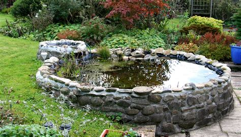 Garden Pond by How To Guide For Building A Pond For Your Garden Hss
