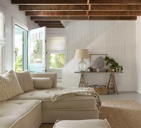 cottage livingroom renovated htons shingle cottage home bunch interior design ideas