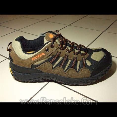 Sepatu Hiking Eiger koleksi sepatu gunung sepatu eiger vib cal 2 0