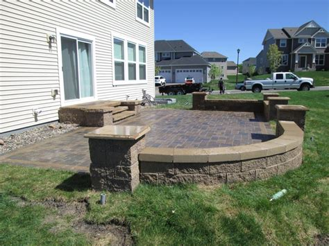 Patio Retaining Walls Landscape Contractor Burnsville Mn Devine Design Hardscapes