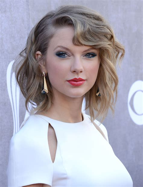 i need a sexy hair style for turning 40 taylor swift