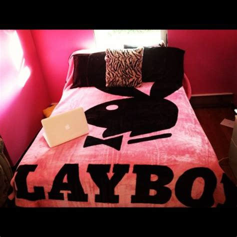 playboy bedding 1000 images about playboy clothes stuff op pinterest hot pink zwarte