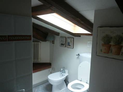 bagno nel sottotetto bagno nel sottotetto foto di terrazza ginori sesto
