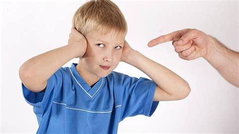 nios desobedientes padres desesperados 8403005326 muchas veces los nios mantienen conductas desafiantes para reafirmar el yo su individualidad y