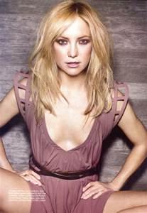 Kate garry hudson born april 19 1979 is an american actress hudson was