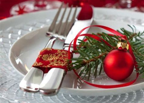 traditional christmas table decoration 4 bon expose