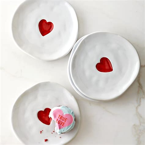 valentines day plates s day plates set of 4 williams sonoma