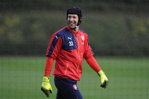 arsenal goalkeeper arsenal goalkeeper petr cech chelsea s fall from grace is