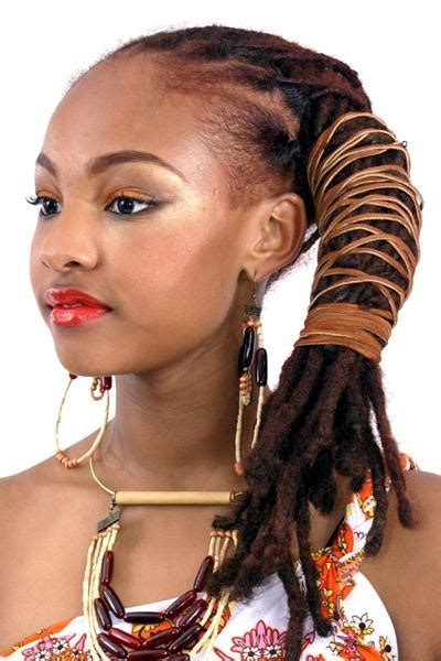 hair stylist specializing in natural hair in houston natural hair stylist