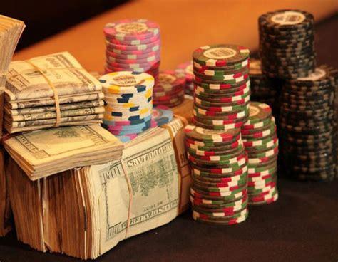mistakes   dry  poker bankroll  mobile gaming  entertainment