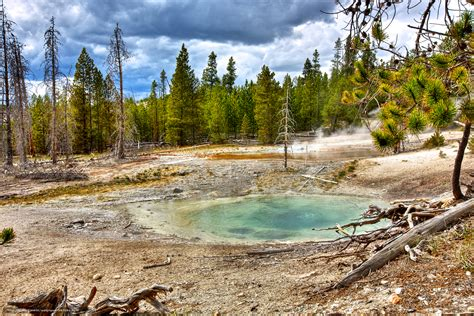 desktop wallpaper yellowstone park download wallpaper yellowstone national park nature