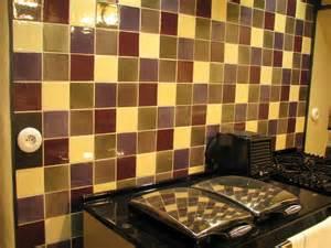 Superb Carrelage Murale Cuisine #2: Faience-murale-pour-cuisine-tons-creme-prune-bronze-framboise-taupe-sur-carreaux-10x10-IMG-2625.JPG
