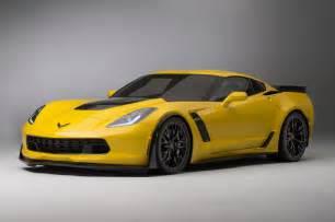 talking 2015 chevrolet corvette z06 on the downshift photo