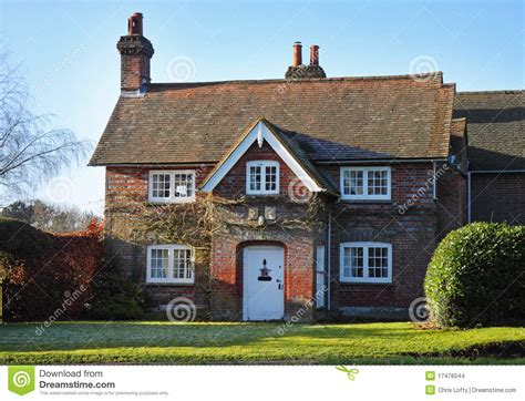 Country Cottage House Plans Red Brick English Village House Amp Garden Stock Photo