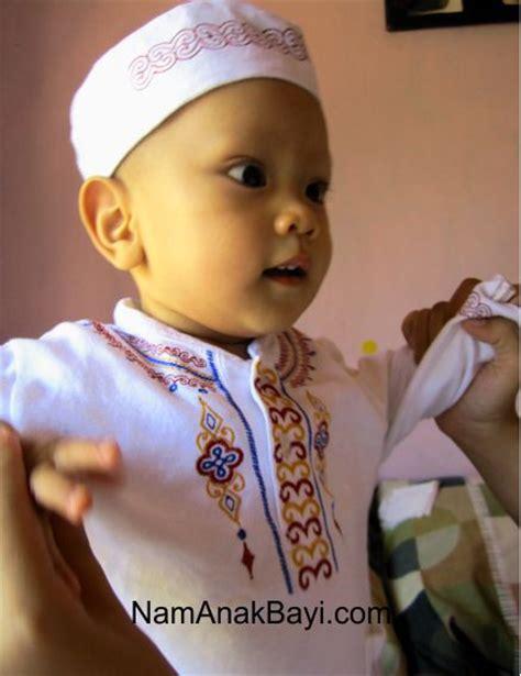 Bayi Tahap 2 Perkembangan Bayi Umur 10 Bulan Nama Bayi Perempuan