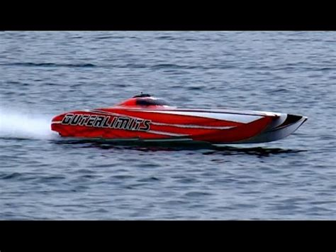 hpr 233 rc boat for sale gigantic rc powerboat hpr 233 130 kmh brutal speed 25000