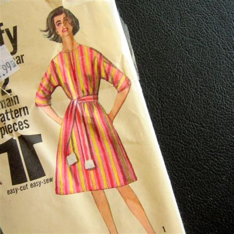 sewing pattern cover up beach dress cover up simplicity 5498 vintage sewing pattern