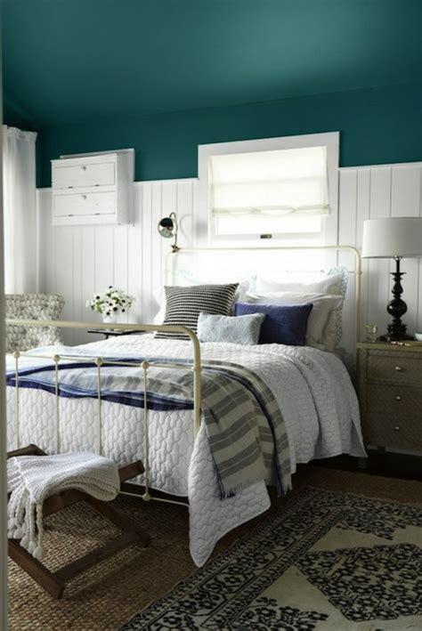 decoration chambre bleue 1001 id 233 es pour la d 233 coration d une chambre bleu paon