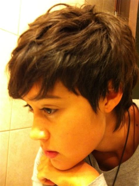 how to cut pixie cuts for straight thick hair wavy pixie cut pixie haircut curly hair selecting