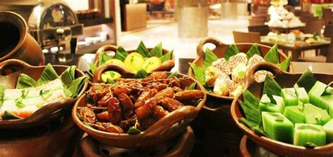 Paket Breakfasting perang promo quot all you can eat quot hotel di jogja selama