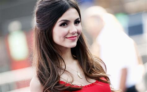 hollywood actress girl victoria justice spicy hot photo gallery