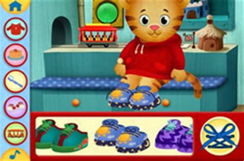 Daniel Tiger Trolley Bed by Daniel Tiger Day And Iphone App The Daniel Tiger S