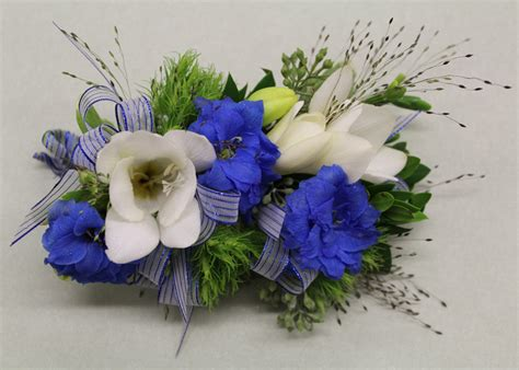 Corsage Flowers by Corsages And Boutonnieres