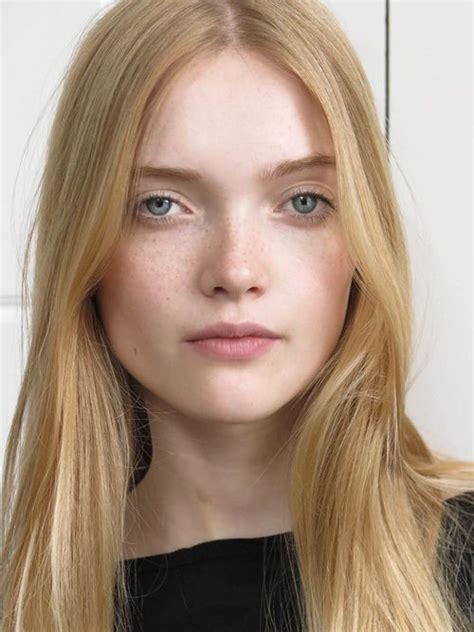 Model Mey