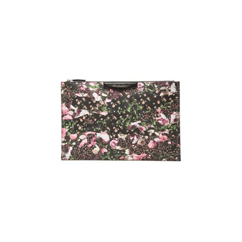 Fivency Flower Pouch what to wear to your next