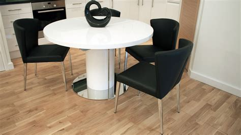 White Gloss Extending Dining Table And Chairs Modern White Gloss Extending Dining Table And Chairs