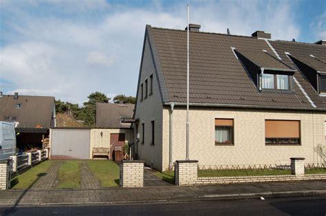 Wohnung Mit Garten Neuss by Doppelhaush 228 Lfe In Neuss Rosellerheide Ruhige Lage Mit