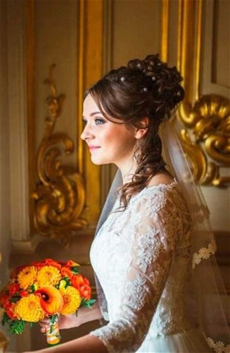 Wedding Hairstyles For Faces by 37 Half Up Half Wedding Hairstyles Anyone Would