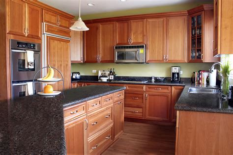 Remodeling Kitchen Cabinets On A Budget by Kitchen Remodel Ideas With Oak Cabinets Kitchentoday