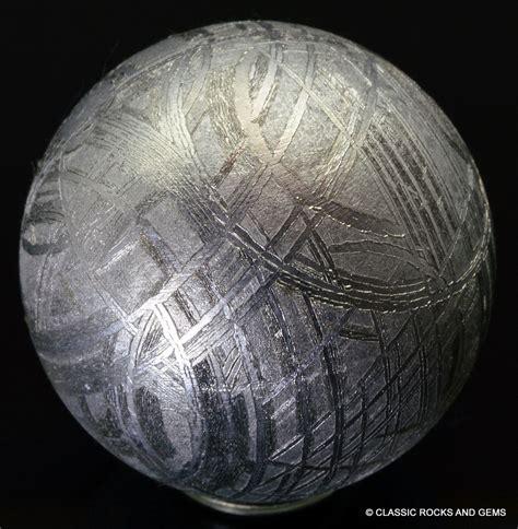 Muonionalusta Meteor Specimen Kode 5 muonionalusta iron meteorite sphere widmanst 228 tten 26mm